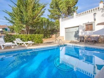 Villa Conchi Lloret de Mar - Apartment in Costa Brava