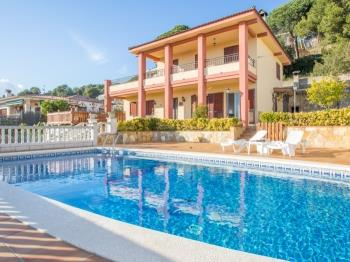 Villa Maer Blanes Lloret de Mar - Apartment in Costa Brava