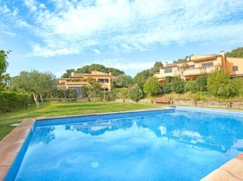 Villa Pastora 2 - Apartment in Costa Brava