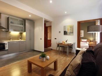Places4stay Ramblas 1 Bedroom Apartment IV - Apartment in Barcelona